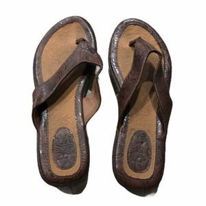BOC Born Thong Sandals Flip Flops Slip On 9M Brown